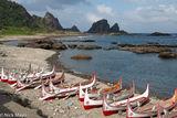 Tao Canoes On The Beach