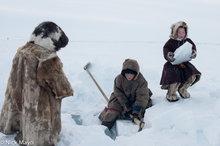 Cutting Ice,Nenets,Russia,Yamalo-Nenets