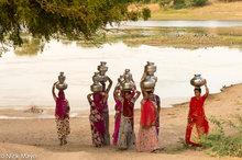 Fetching Water,India,Rajasthan