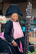 China,Earring,Hat,Market,Sugar Cane,Yao,Yunnan