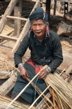 Burma,Eng,Preparing Thatch,Shan State