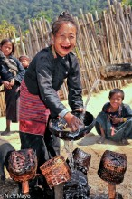 Burma,Earring,Eng,Shan State,Teeth,Washing Up