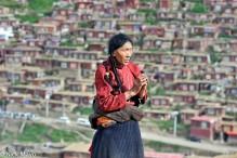China,Praying,Sichuan,Tibetan