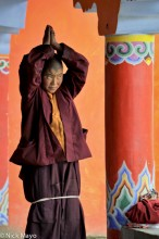 China,Nun,Praying,Sichuan,Tibetan