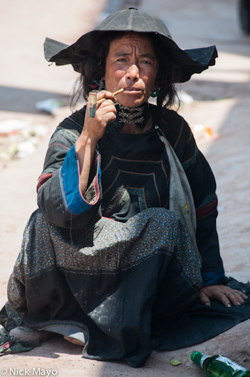 China,Hat,Market,Pipe,Sichuan,Smoking,Yi, photo