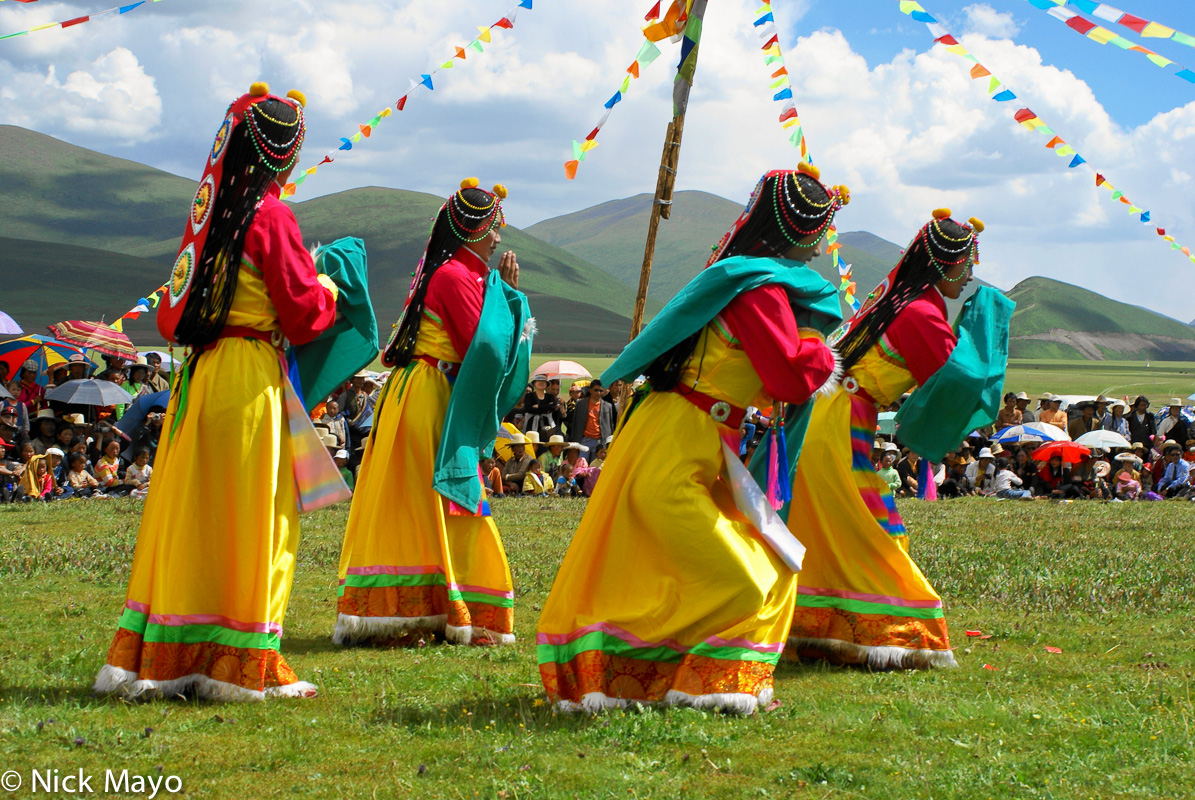 China,Dancing,Festival,Sichuan,Tibetan, photo