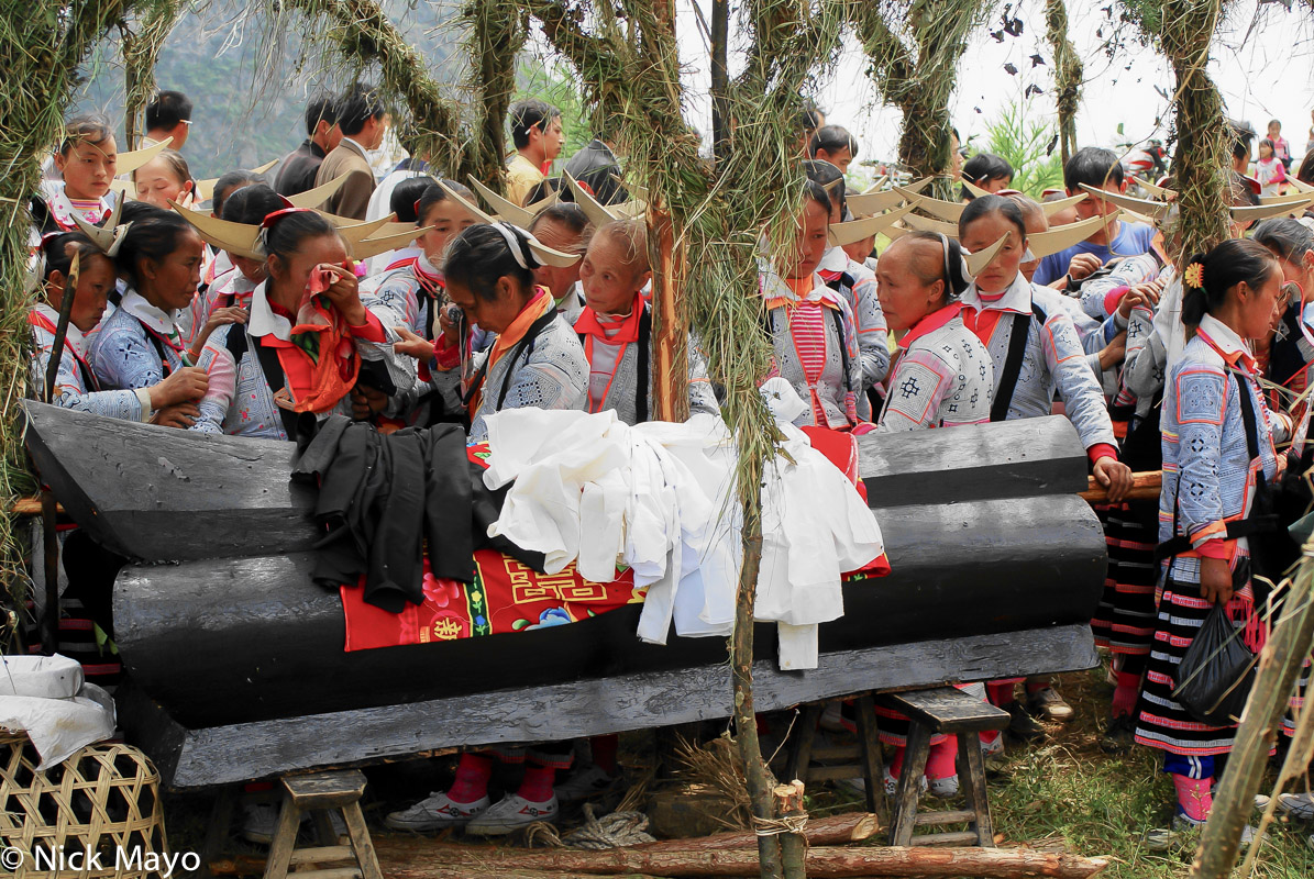 China,Coffin,Funeral,Guizhou,Miao,Mourning, photo