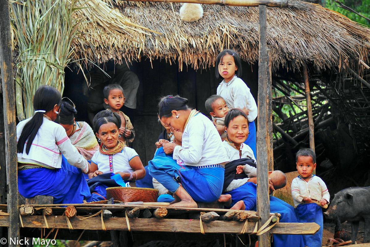 Burma,Lahu,Shan State,Stitching, photo