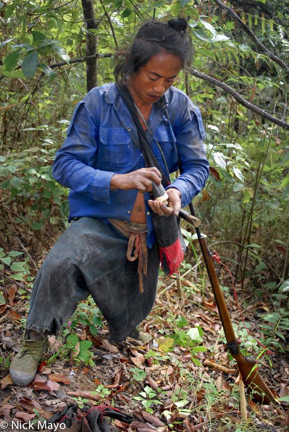 Burma,Eng,Gun,Hair,Hunting,Shan State, photo