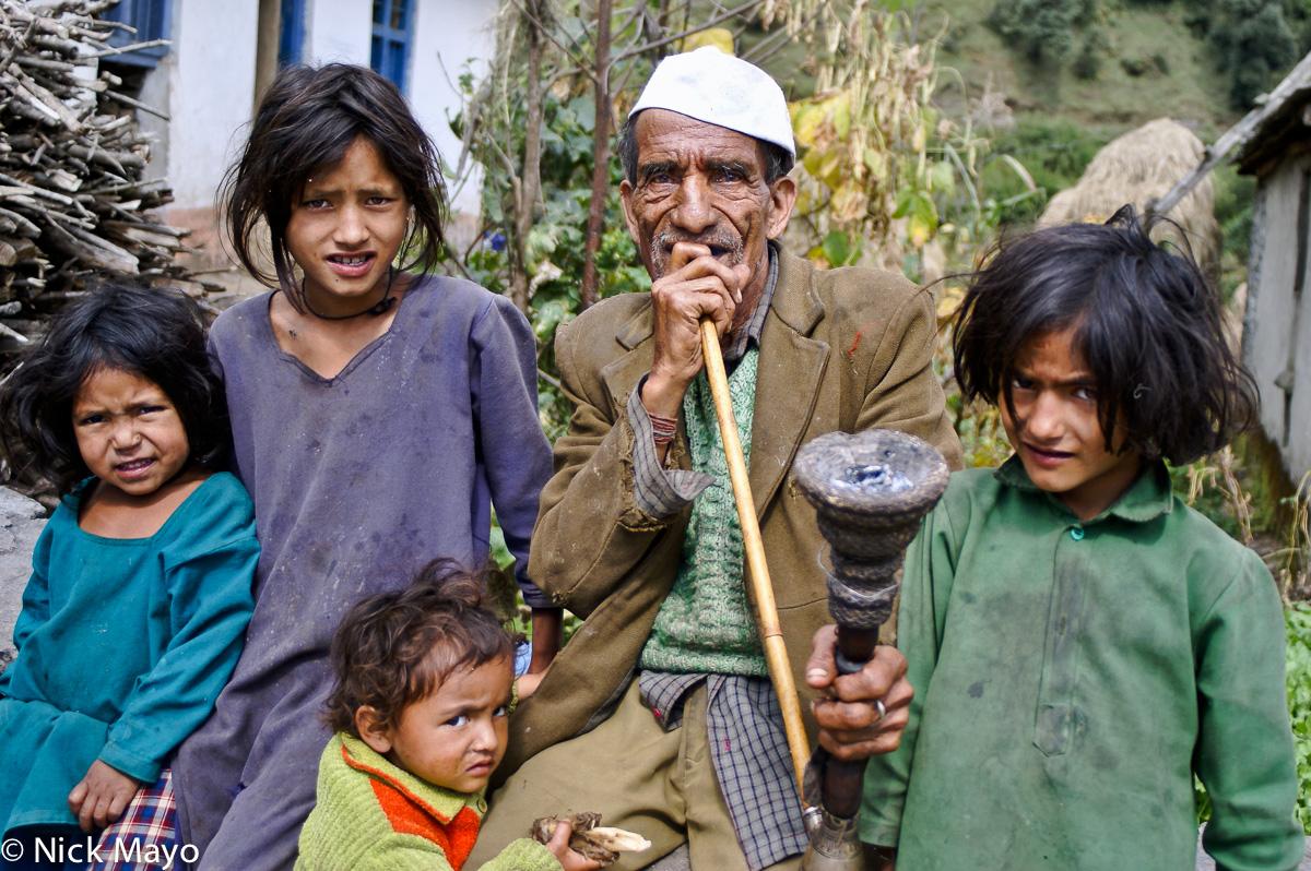India,Pipe,Smoking,Uttarakhand, photo