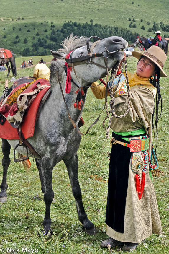 Bagu,China,Festival,Hair,Horse,Sichuan,Tibetan,Waist Band, photo
