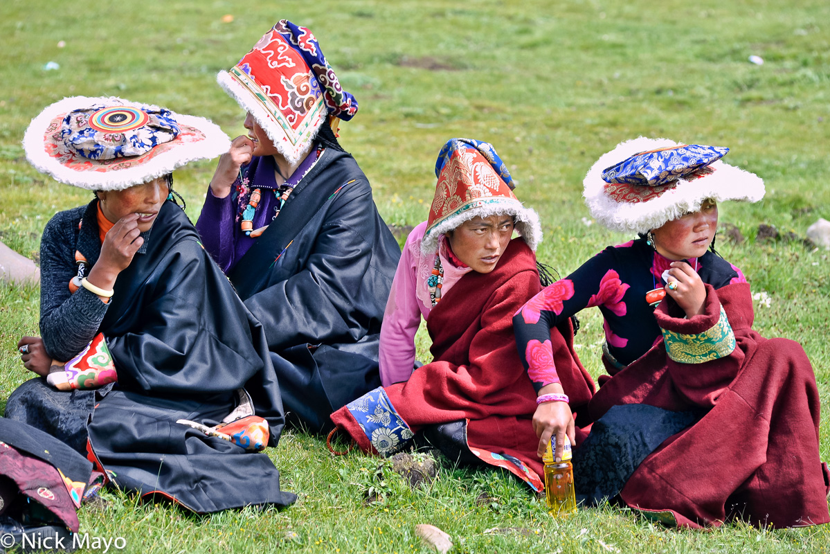 China,Festival,Hat,Sichuan,Tibetan, photo