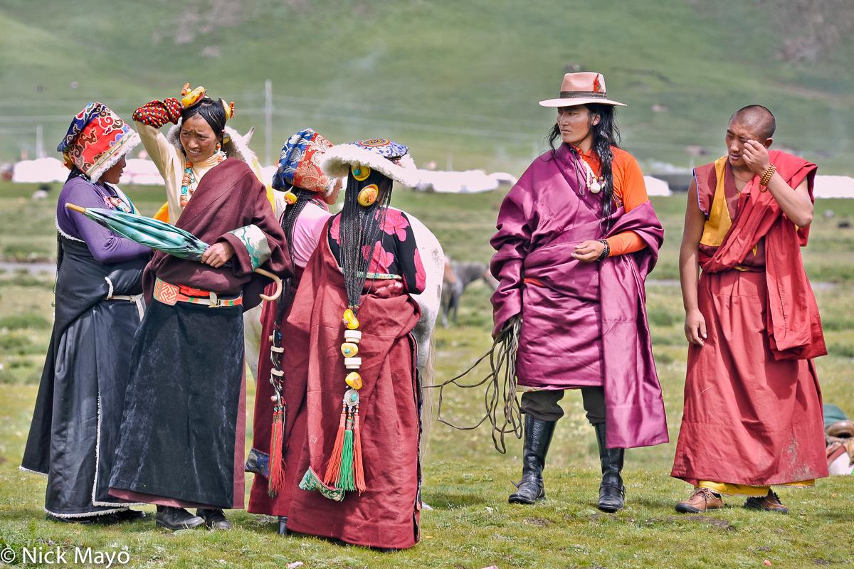 China,Festival,Hair,Hair Piece,Hat,Monk,Sichuan,Sleeve,Tibetan, photo