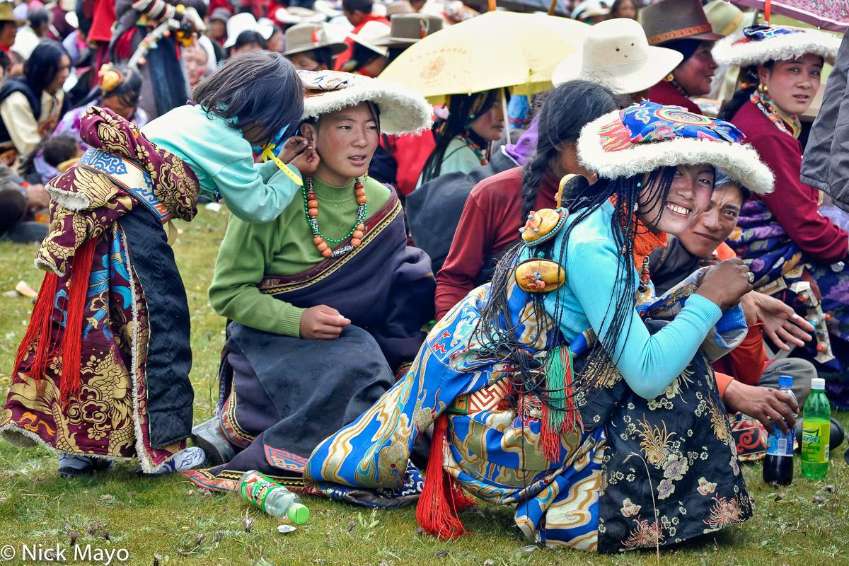 China,Festival,Hair,Hair Piece,Hat,Necklace,Sichuan,Tibetan,Waist Band, photo
