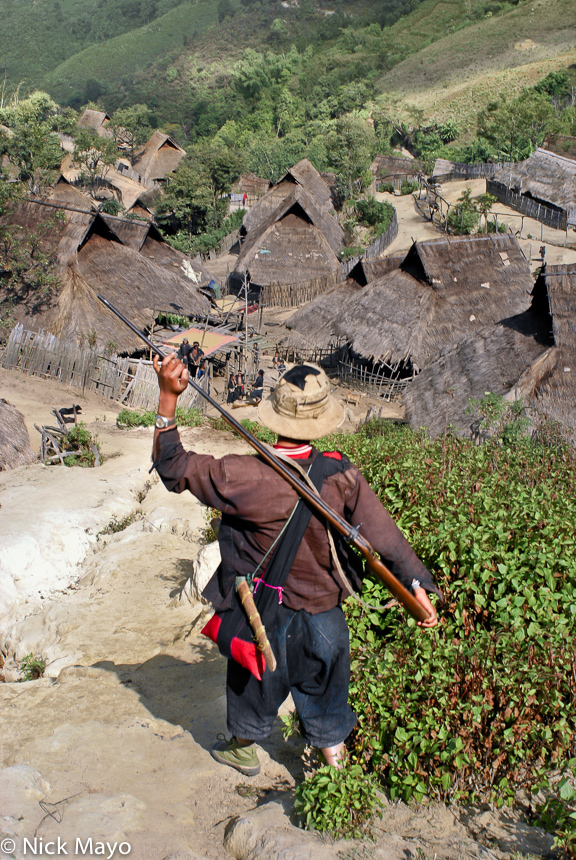 Burma,Eng,Gun,Hunting,Shan State,Thatch,Village, photo