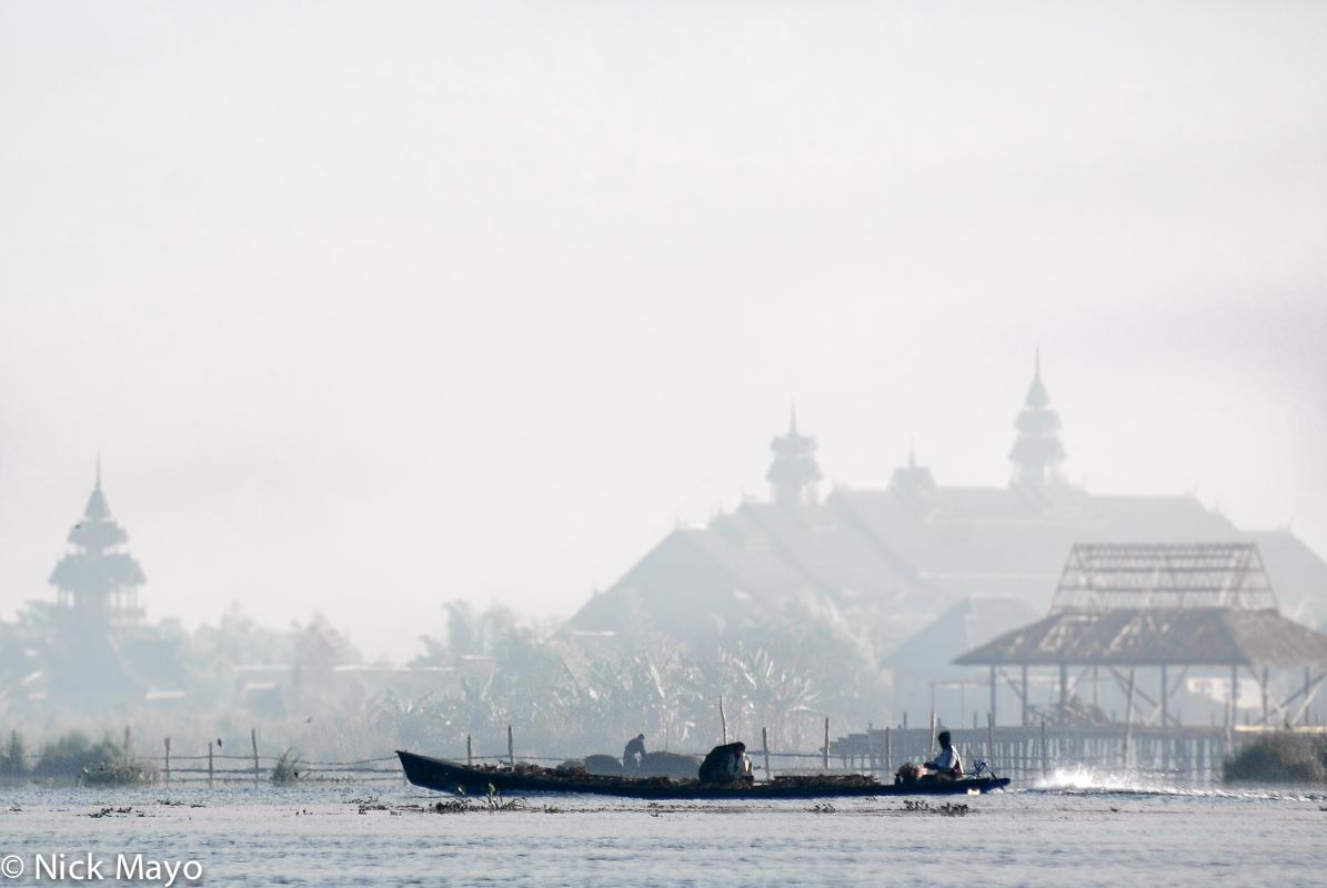 Boat,Burma,Shan State, photo