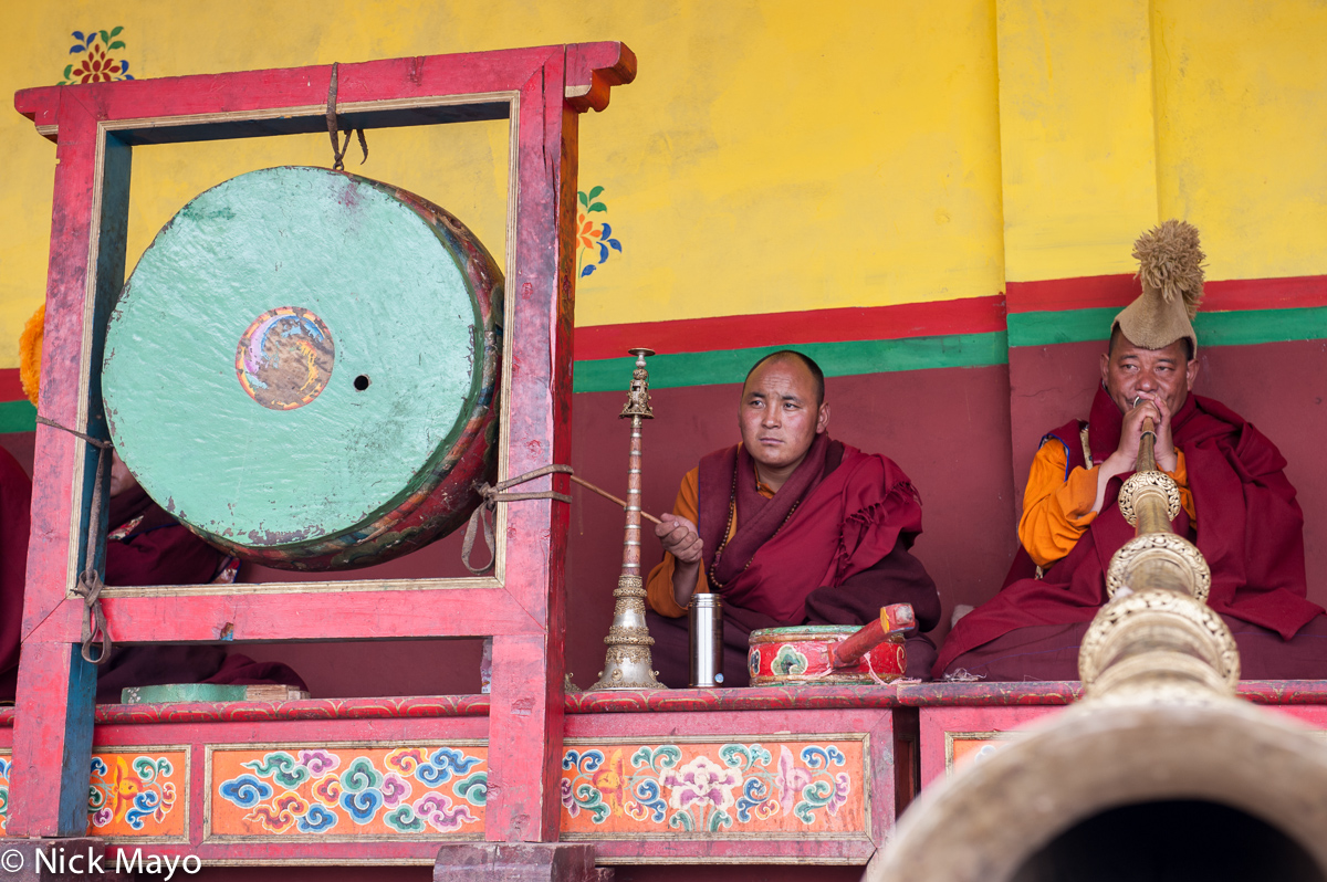 China,Drum,Drumming,Festival,Horn,Monk,Sichuan,Tibetan, photo