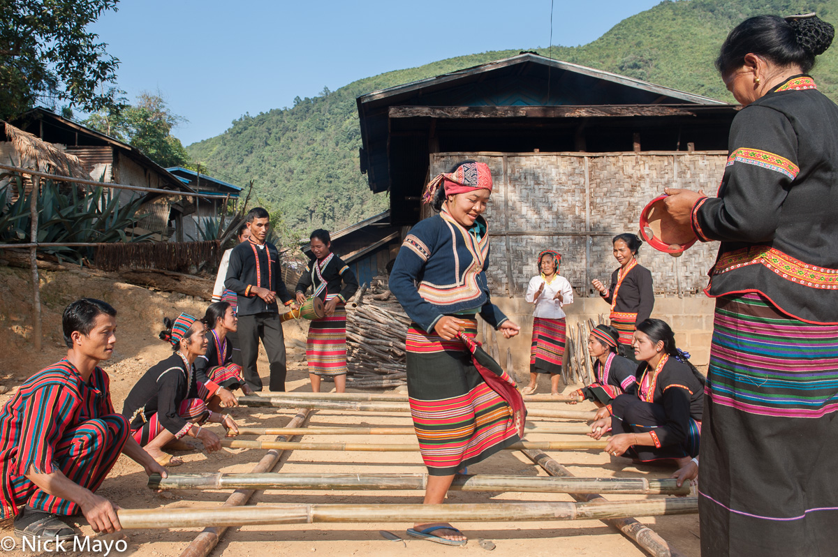 Dance Practice,Khmu,Laos,Phongsali, photo