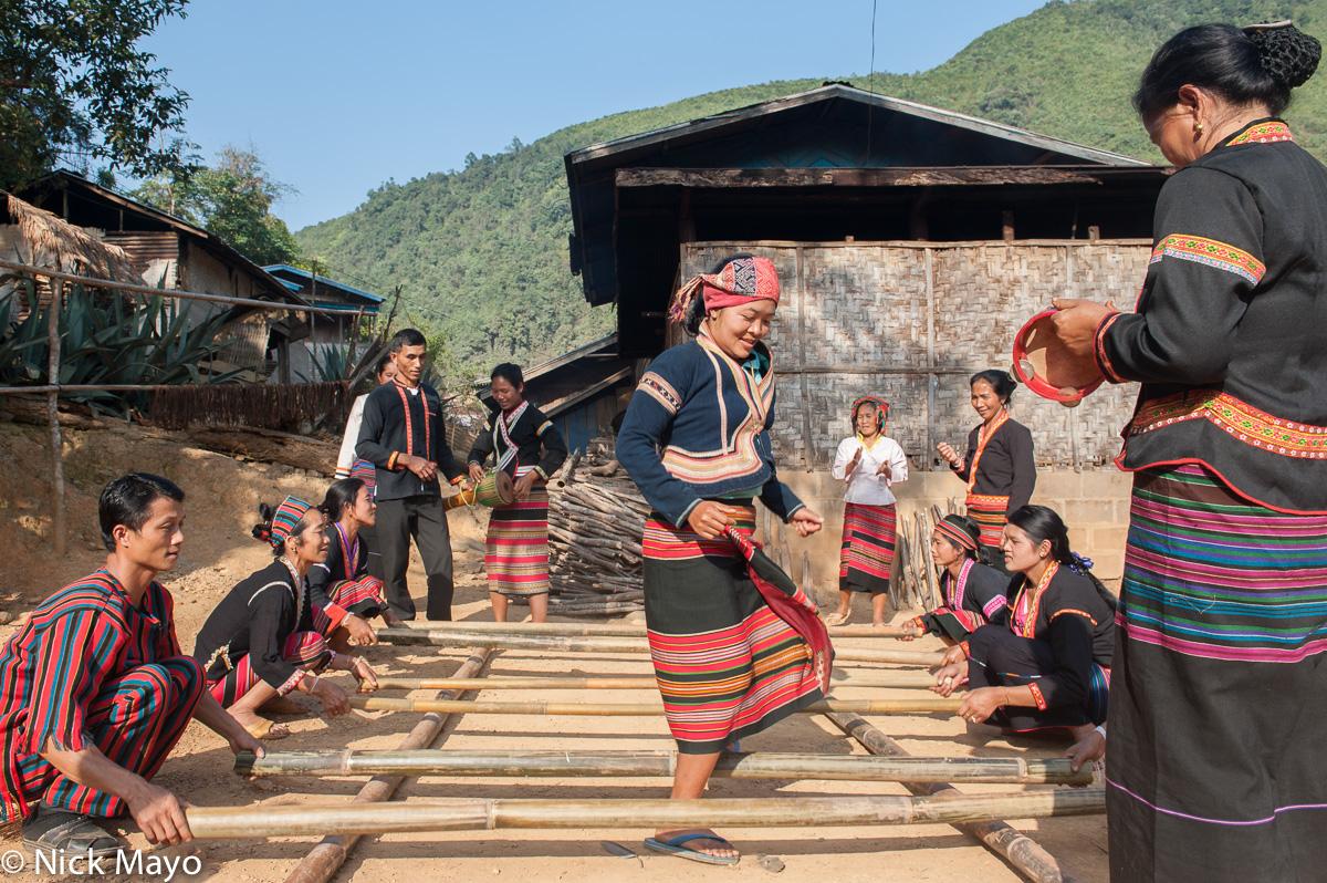 Dance Practice,Khmu,Laos,Phongsali, photo