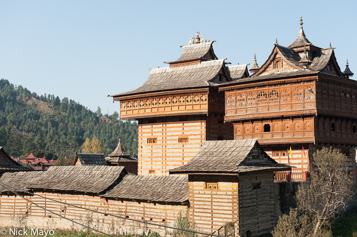 The temple complex at Sarahan with its signature roofs.