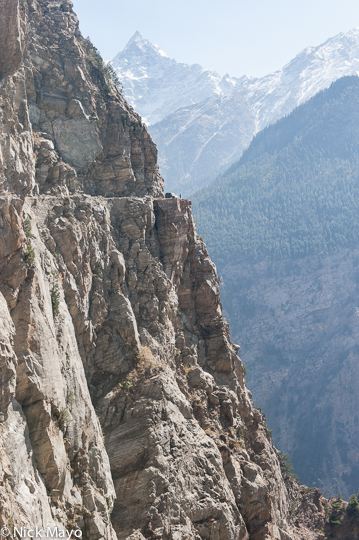An infamous point on the Kalpa - Roghi road known for suicides jumping to their death.