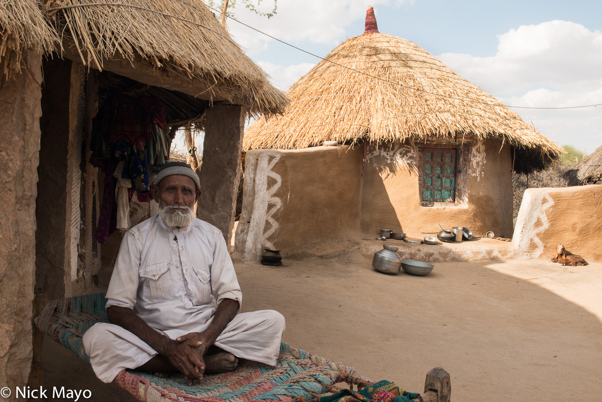 India,Rajasthan,Residence,Thatch, photo