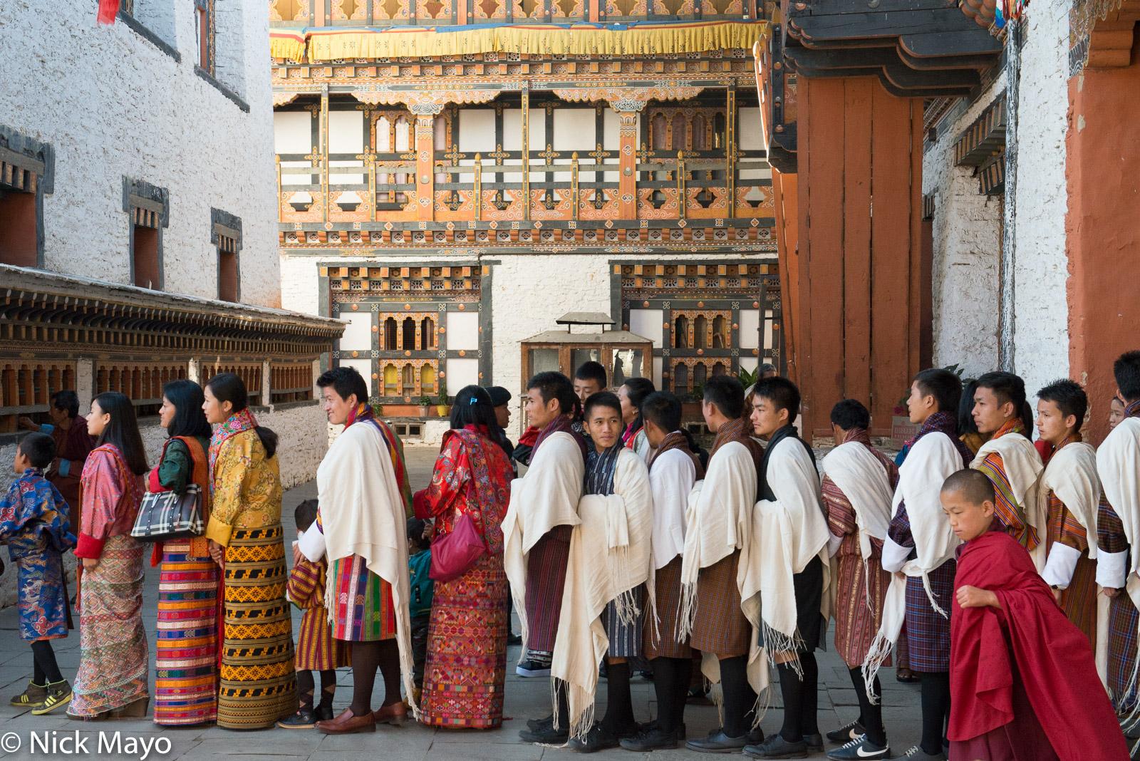 Bhutan,Dzong,East,Festival,Shawl, photo