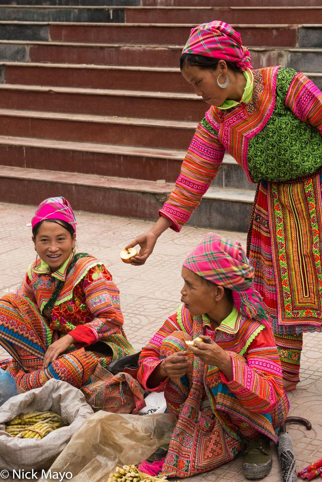 Earring, Ha Giang, Head Scarf, Leggings, Market, Miao, Selling, Vietnam, photo