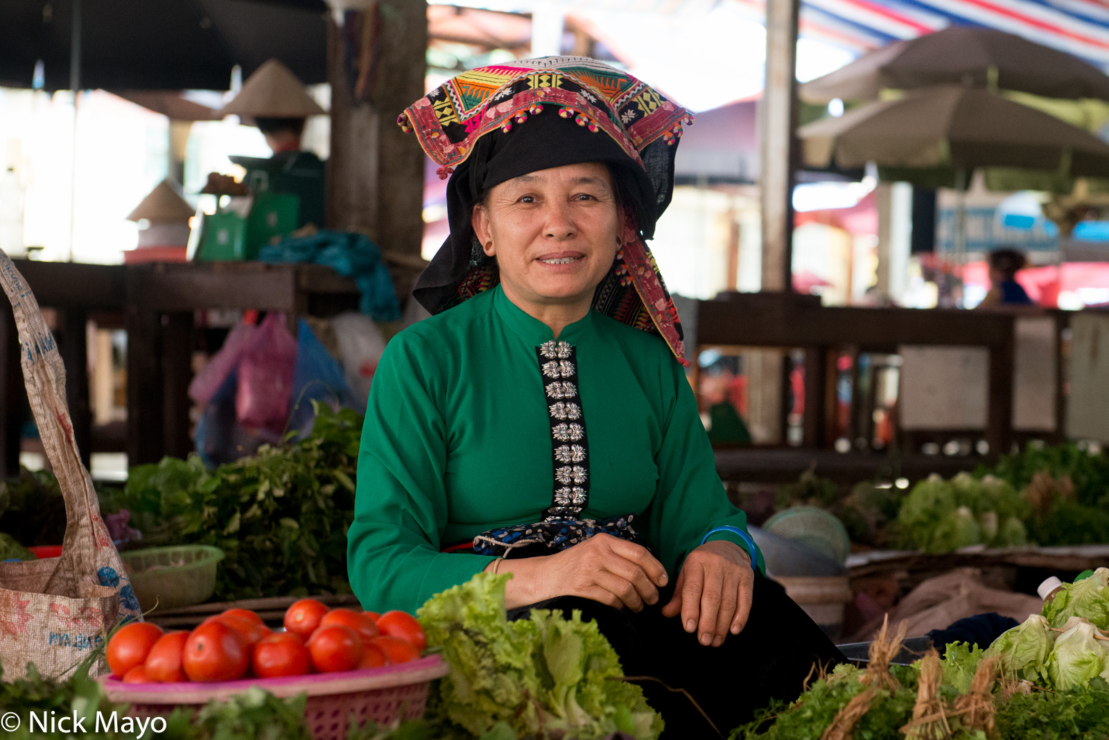 Dai, Headdress, Market, Selling, Son La, Vietnam, photo