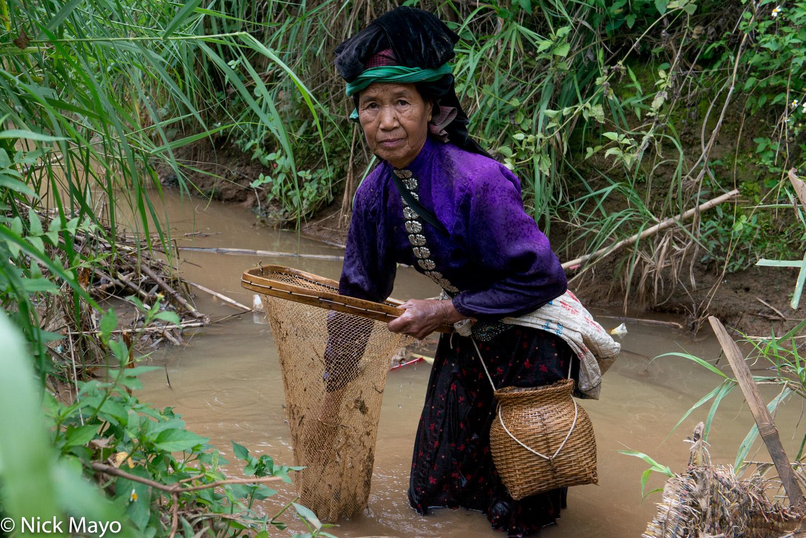 Dai, Fishing Basket, Fishing Net, Headdress, Son La, Vietnam, photo