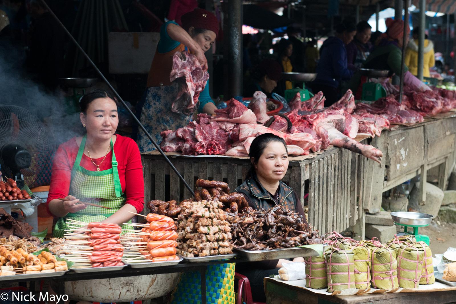 Lai Chau, Market, Meat, Selling, Vietnam, photo