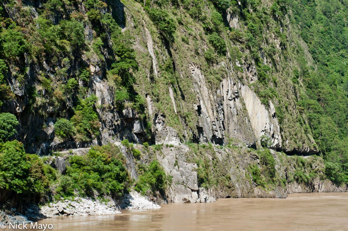 A hand hewn trail along the Nu river at Cho Na Tung.