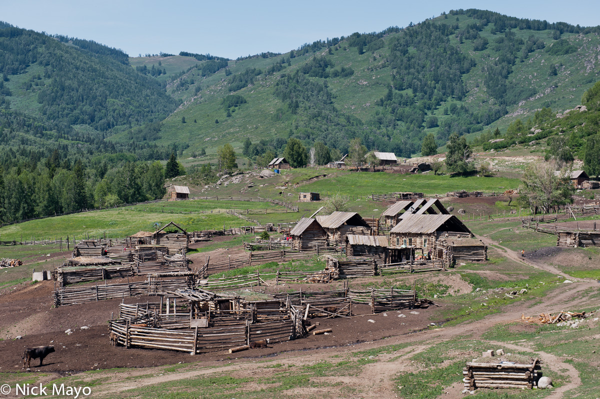 Cabin,China,Pen,Xinjiang, photo