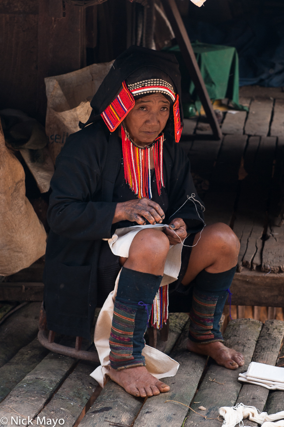 Burma,Hani,Shan State,Stitching, photo