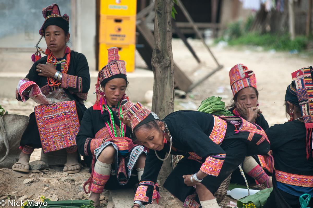 Bracelet,Earring,Laos,Loma,Necklace,Phongsali,Turban, photo