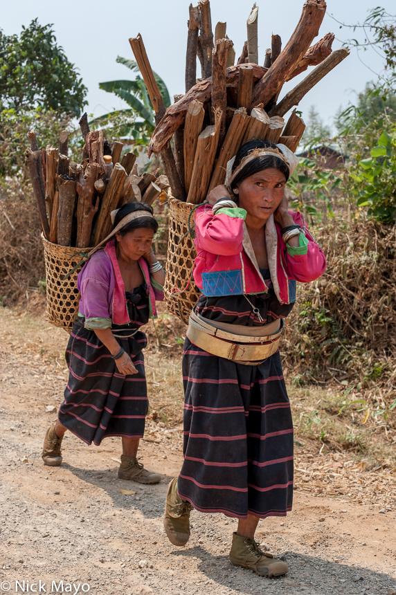 Backstrap Basket,Bracelet,Burma,Firewood,Palaung,Shan State,Waist Hoops, photo
