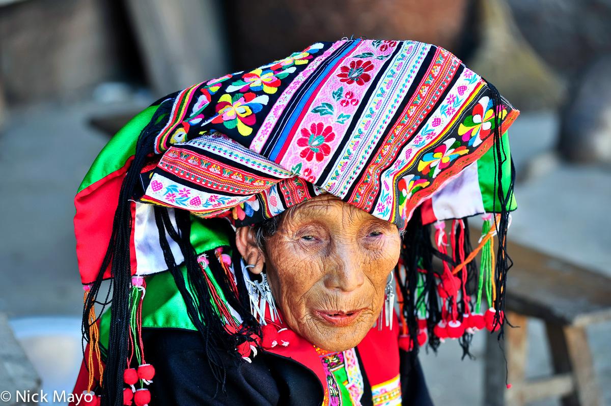 China,Earring,Lisu,Turban,Yunnan, photo