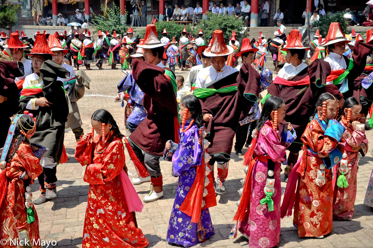 China,Dancing,Festival,Procession,Qinghai,Tibetan, photo