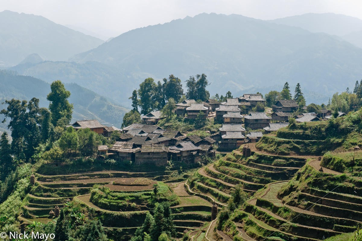 Images Of Houses Small Village Of Wooden Houses Bai Li Guizhou China