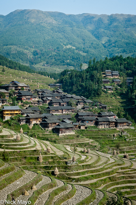 The Shui part of the village of Yangweng.