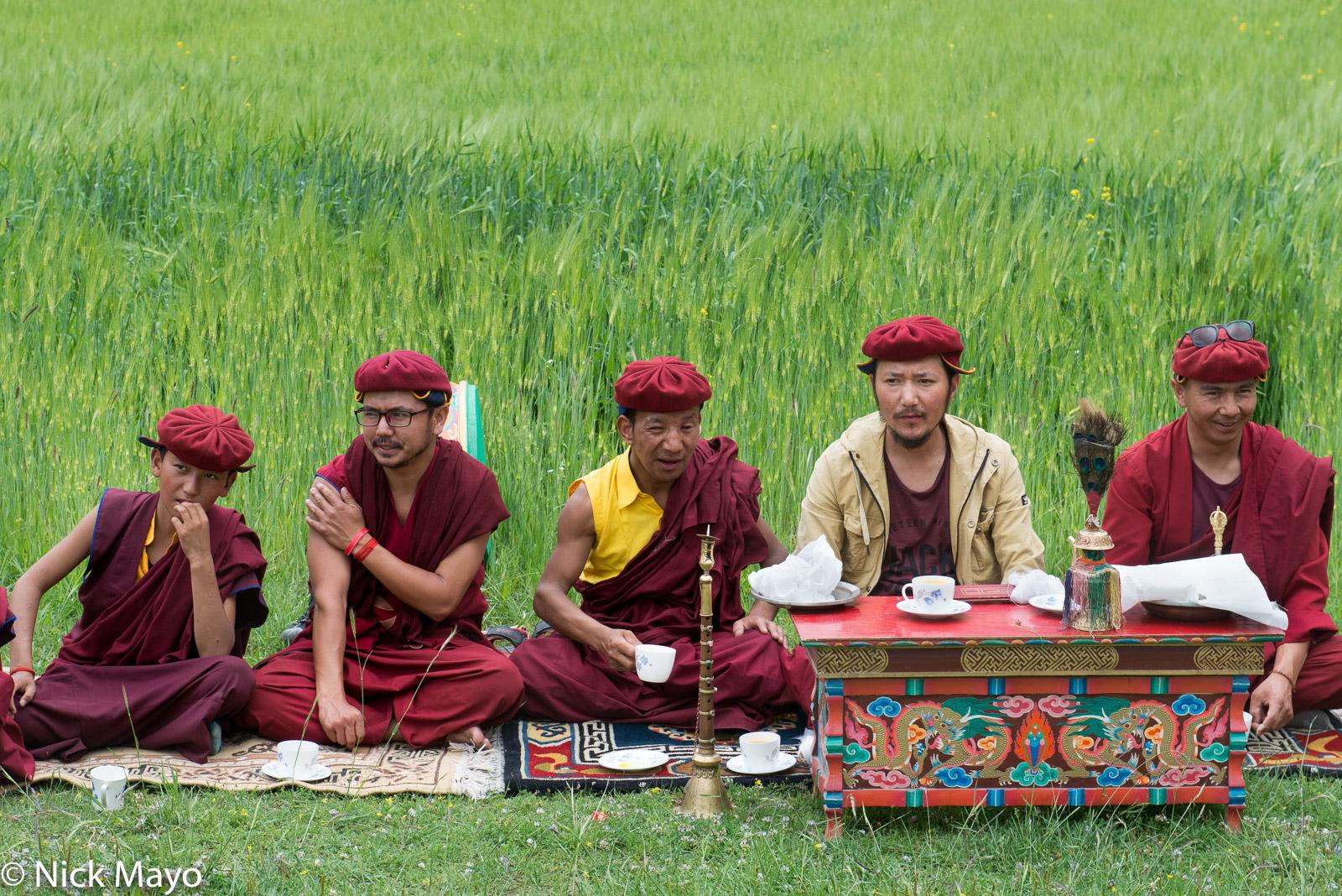 Horn, India, Jammu & Kashmir, Monk, Religious Ritual, photo