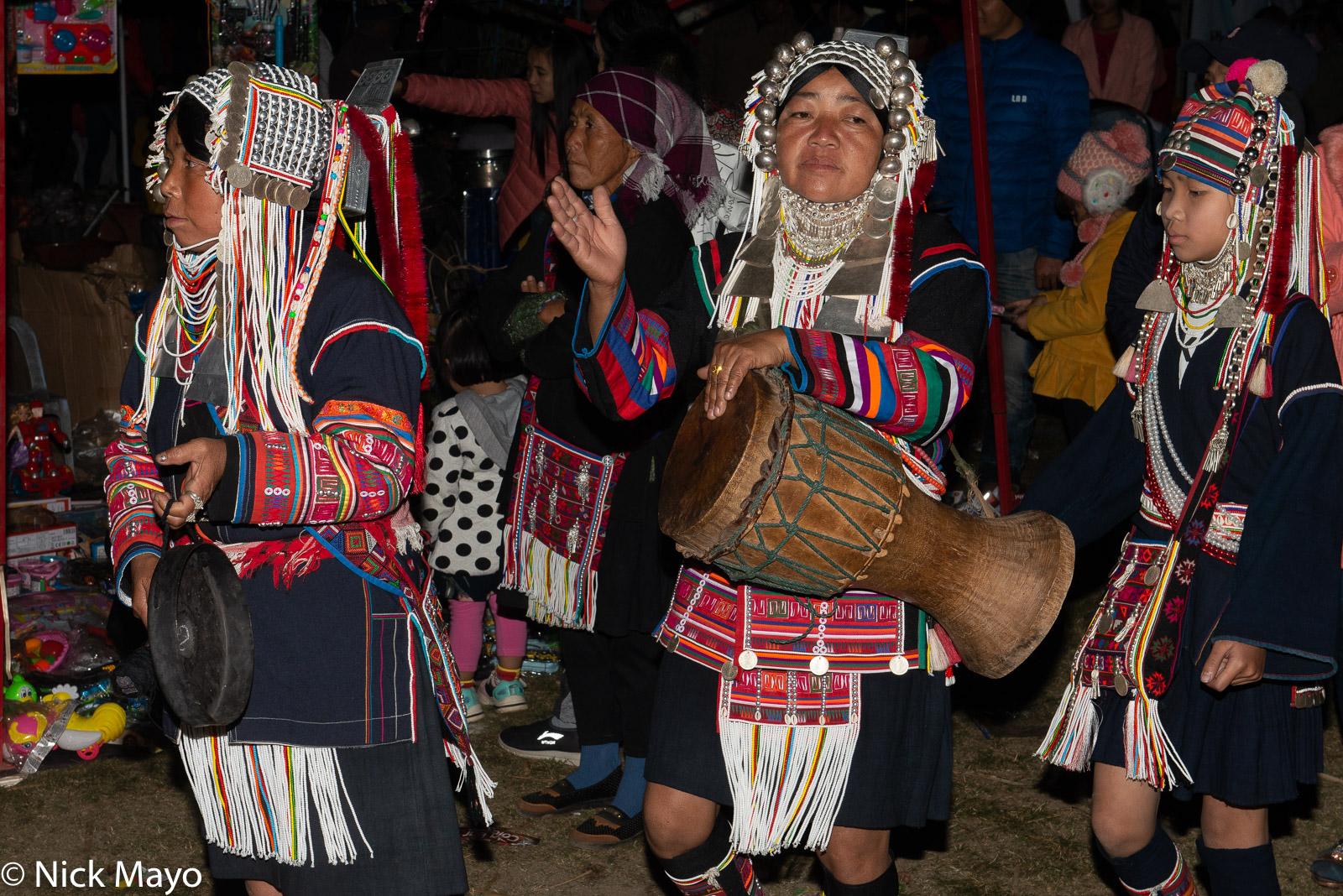 Burma, Circling, Drum, Drumming, Festival, Gong, Hani, Shan State, photo