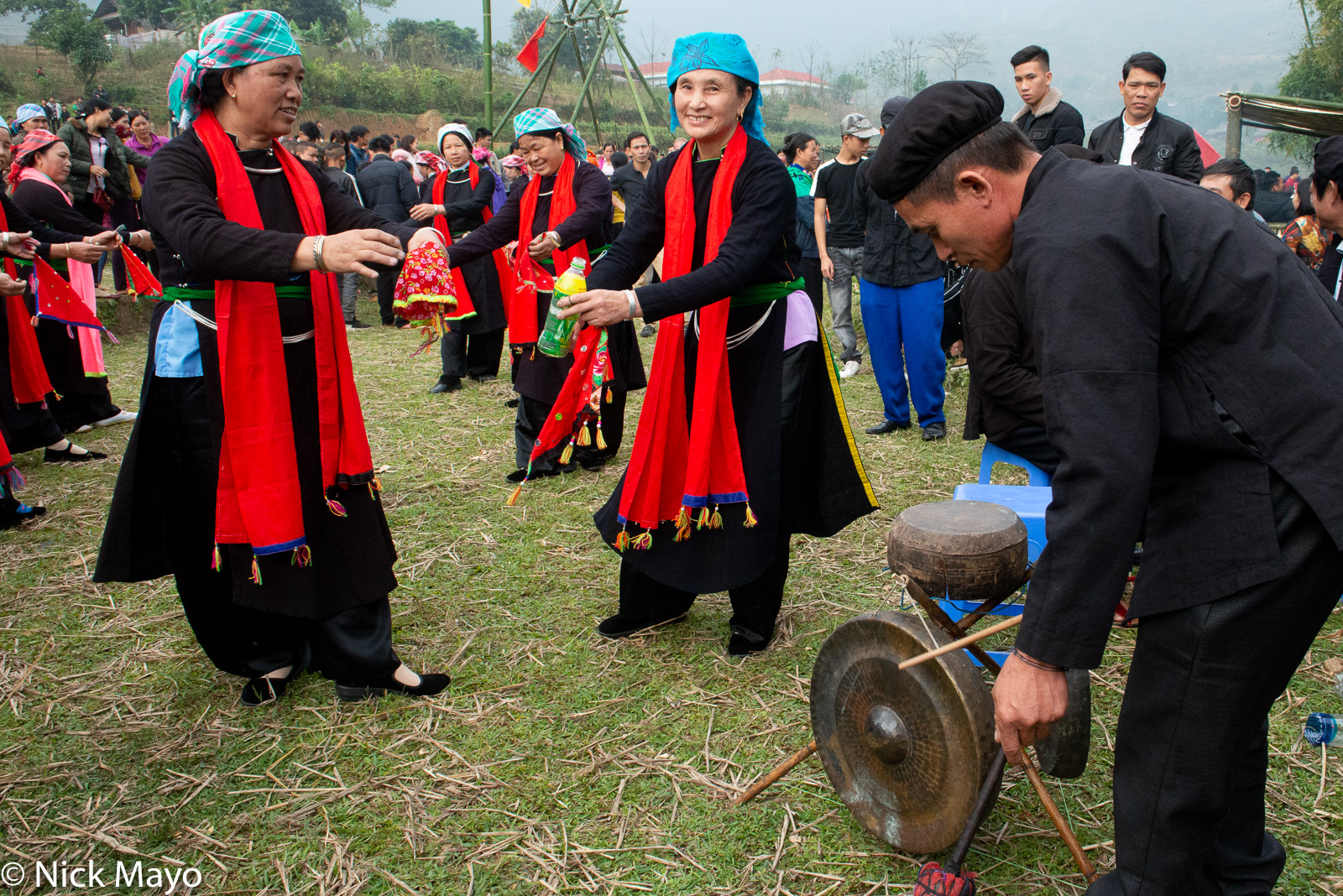 Dancing, Drum, Festival, Gong, Lao Cai, Vietnam, Zhuang, photo
