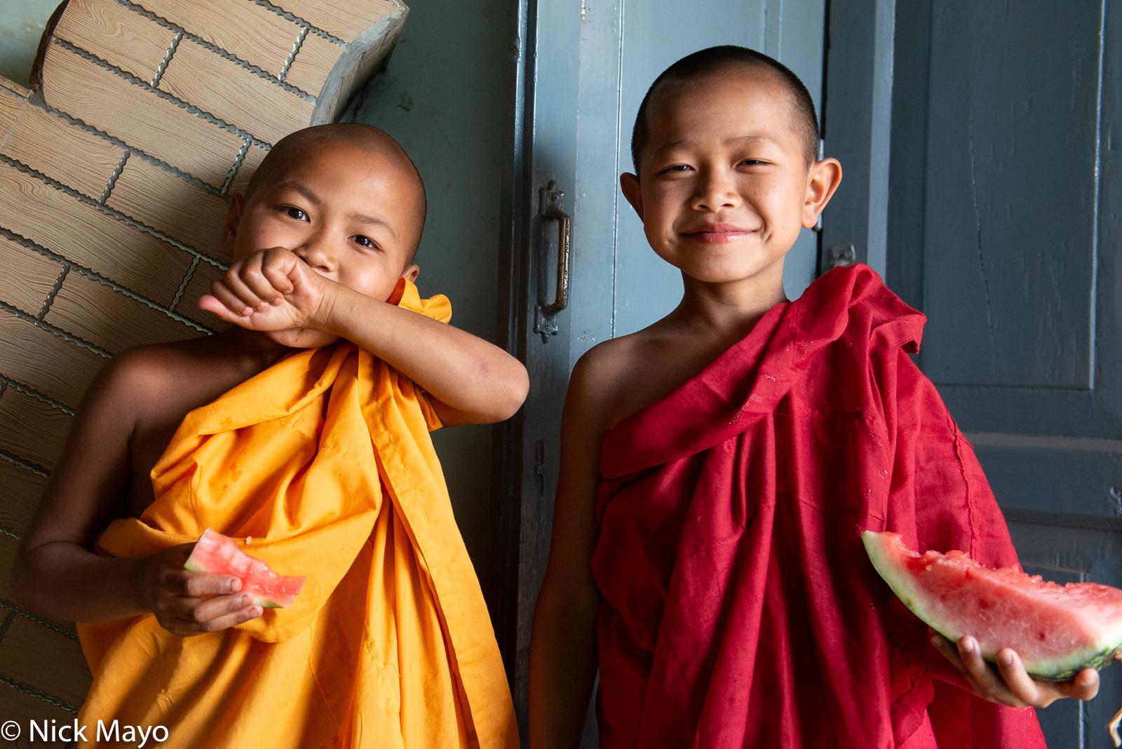 Burma, Monk, Shan, Shan State, Shinbyu, Watermelon, photo