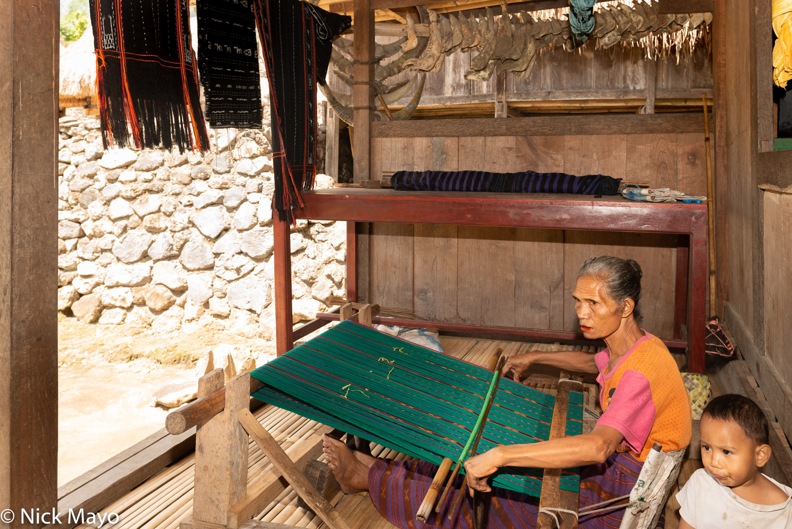Flores, Indonesia, Ngada, Weaving, photo