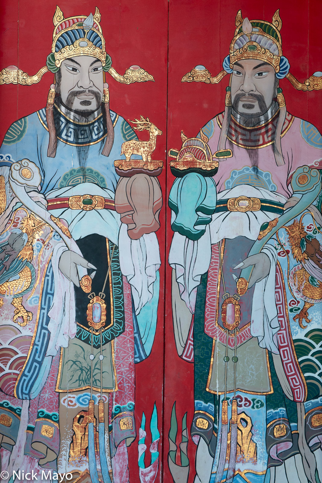 The doorway at the temple in Shanhou on Kinmen.